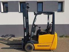 Vysokozdvižný vozík Jungheinrich EFG213 triplex 5,5m