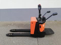 Vysokozdvižný vozík Ručně vedený nízkozdvižný vozík BT Toyota